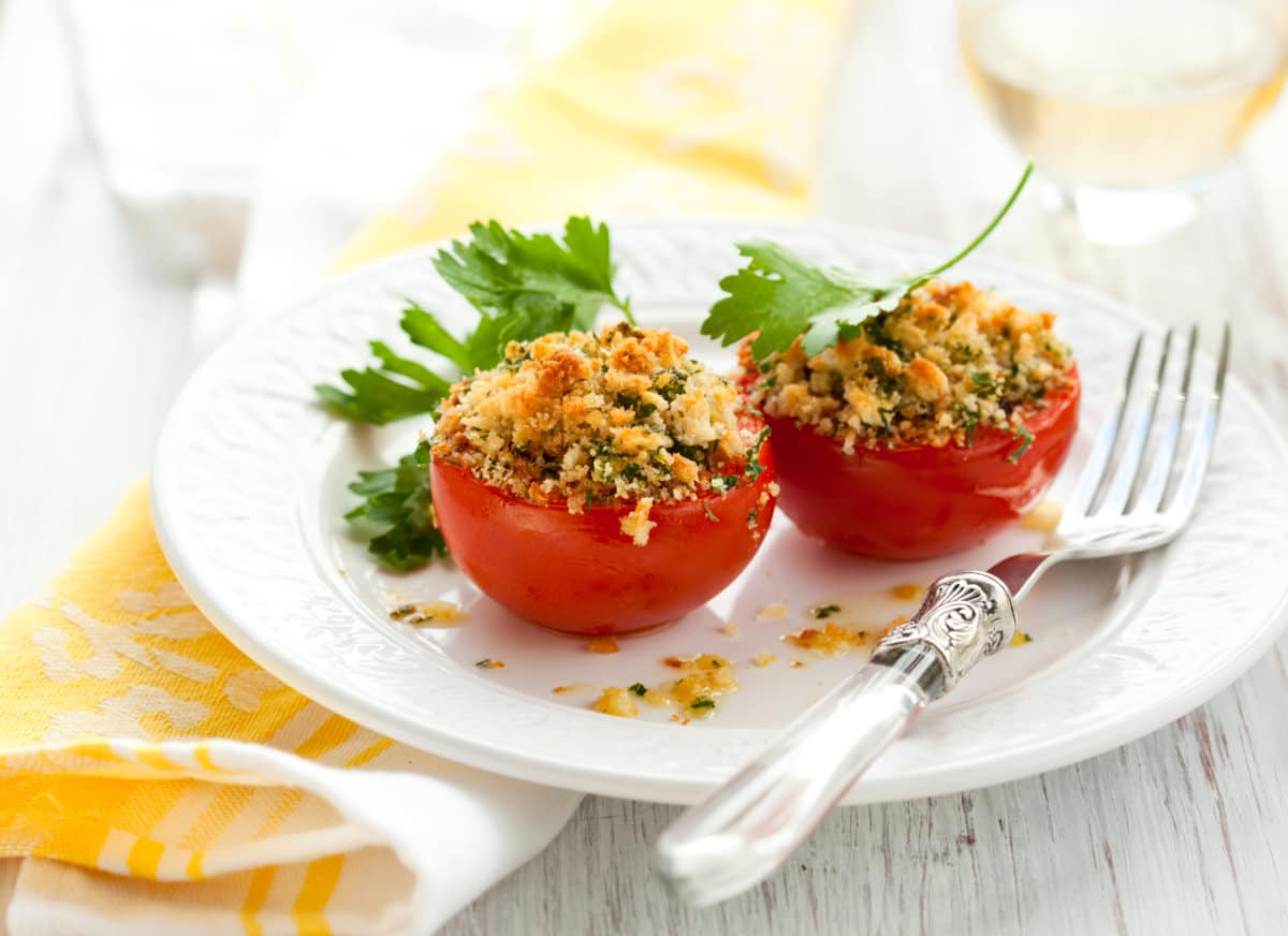 Provencal Tomatoes: The perfect recipe for a Summer in France