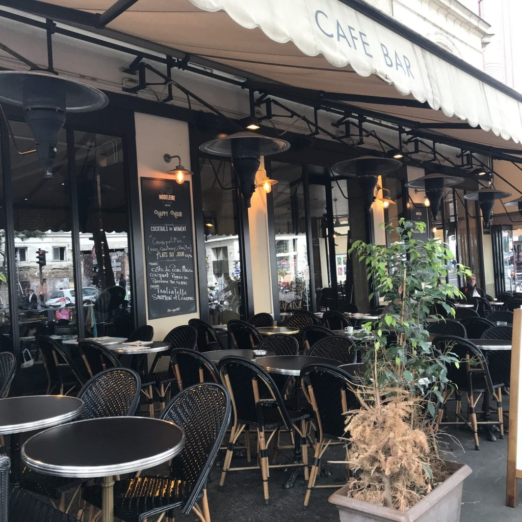 Parisian Terrasse