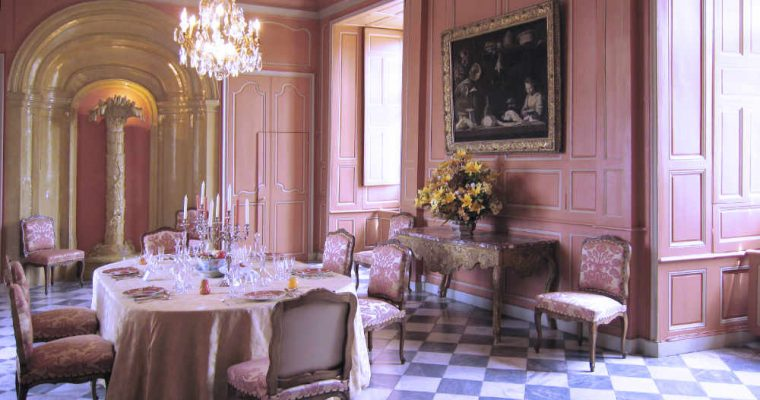 Eating a French Meal: History and Etiquette