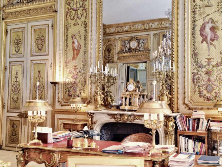 France's famous Myth: the French 35-Hour Work Week