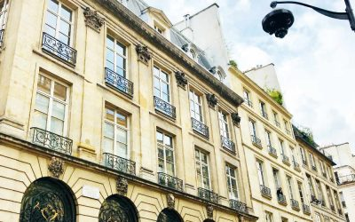 Airbnb in Paris France: 16 Questions to ask before booking your holiday