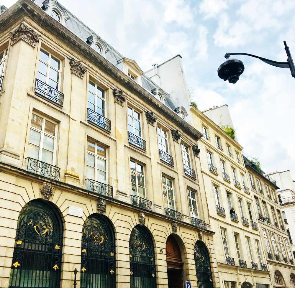 Picking an Airbnb in Paris: The Checklist
