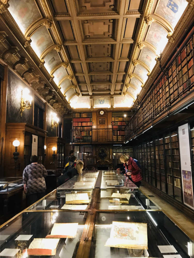 Library at the Chateau de Chantilly