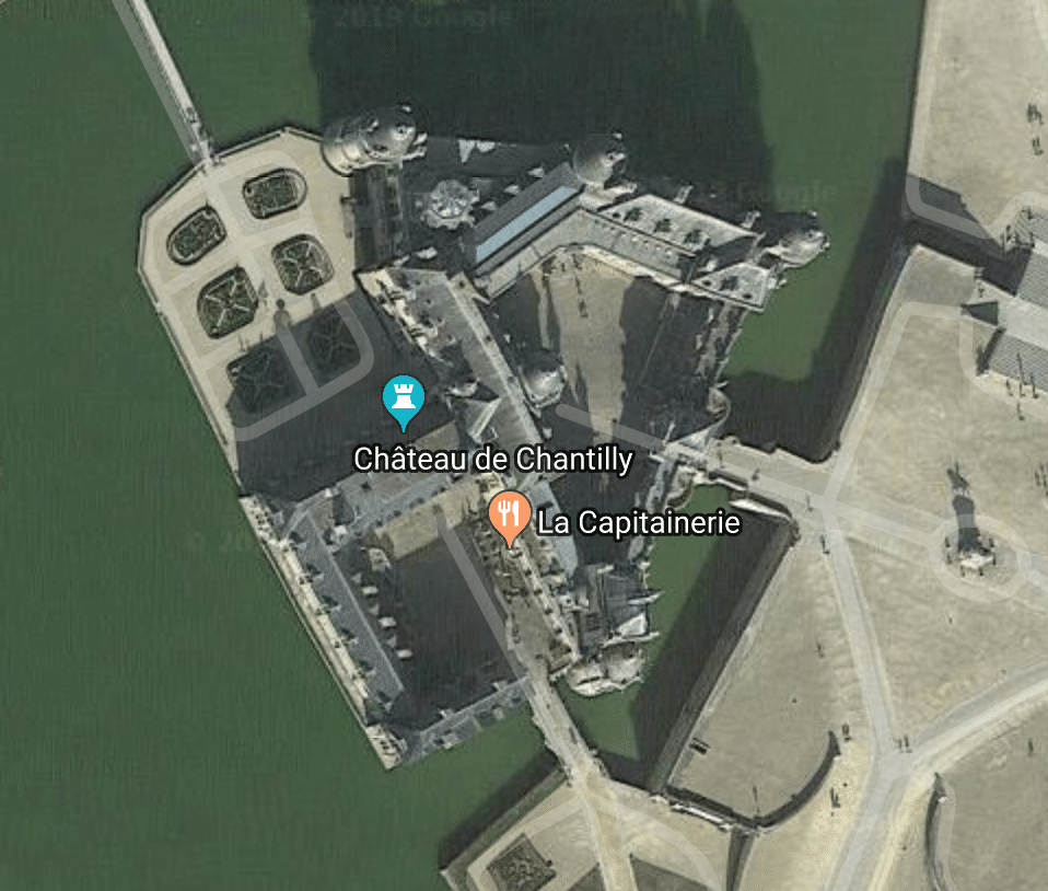 Aerial shot of Chateau de Chantilly - From Google Maps