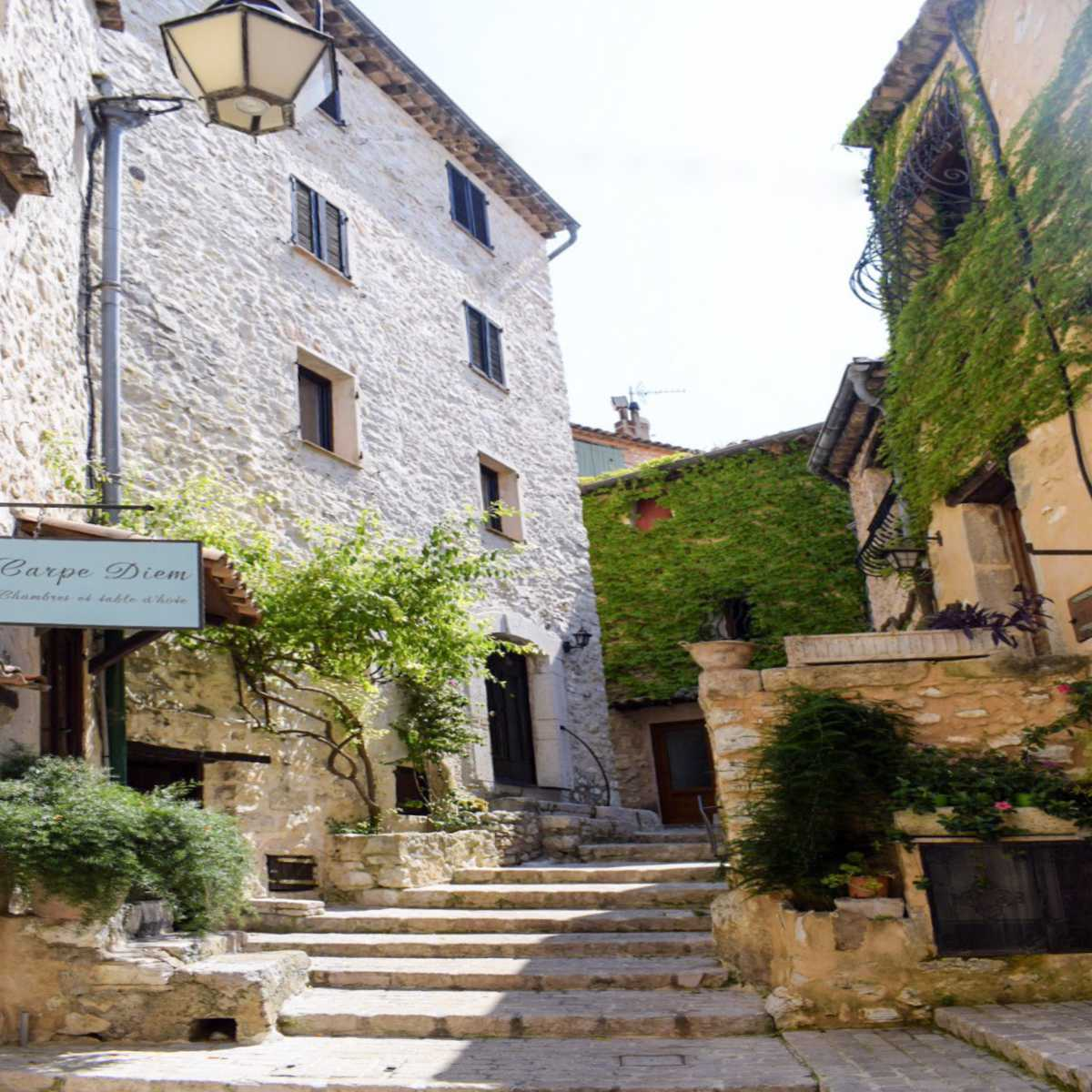 Visiting the Medieval Village of Tourrettes-Sur-Loup, France