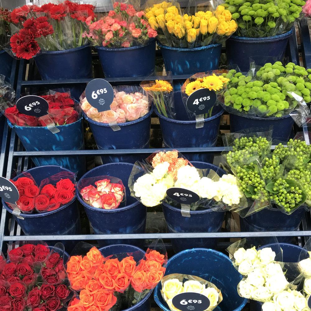 Flowers at Marché des Fleurs in Paris