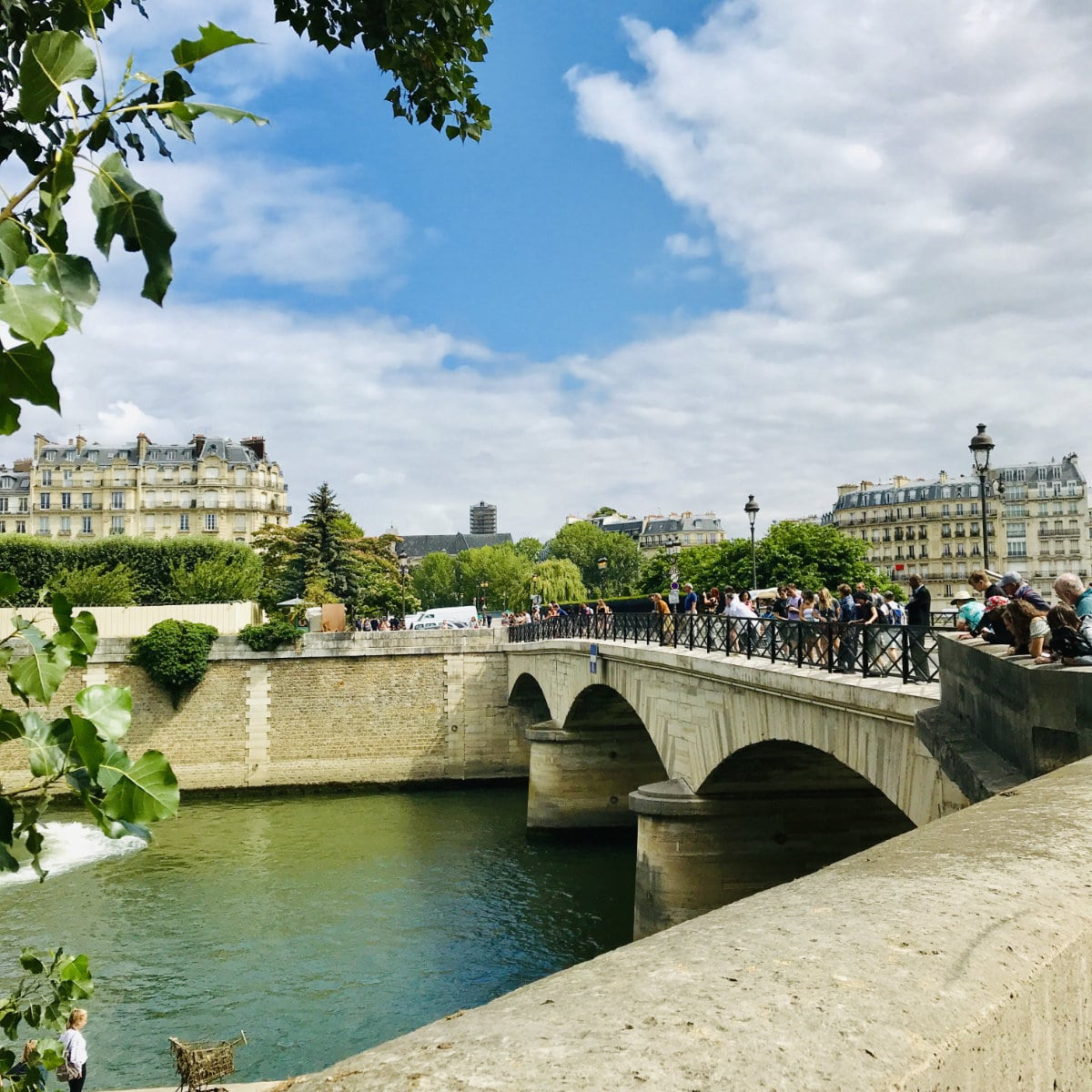 You are currently viewing 21 Romantic Things to do in Paris for couples
