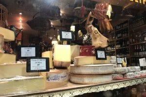 Cheese etiquette guide: 14 tips (à la française)