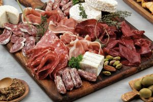 9 Tips on composing a gorgeous French Charcuterie Board