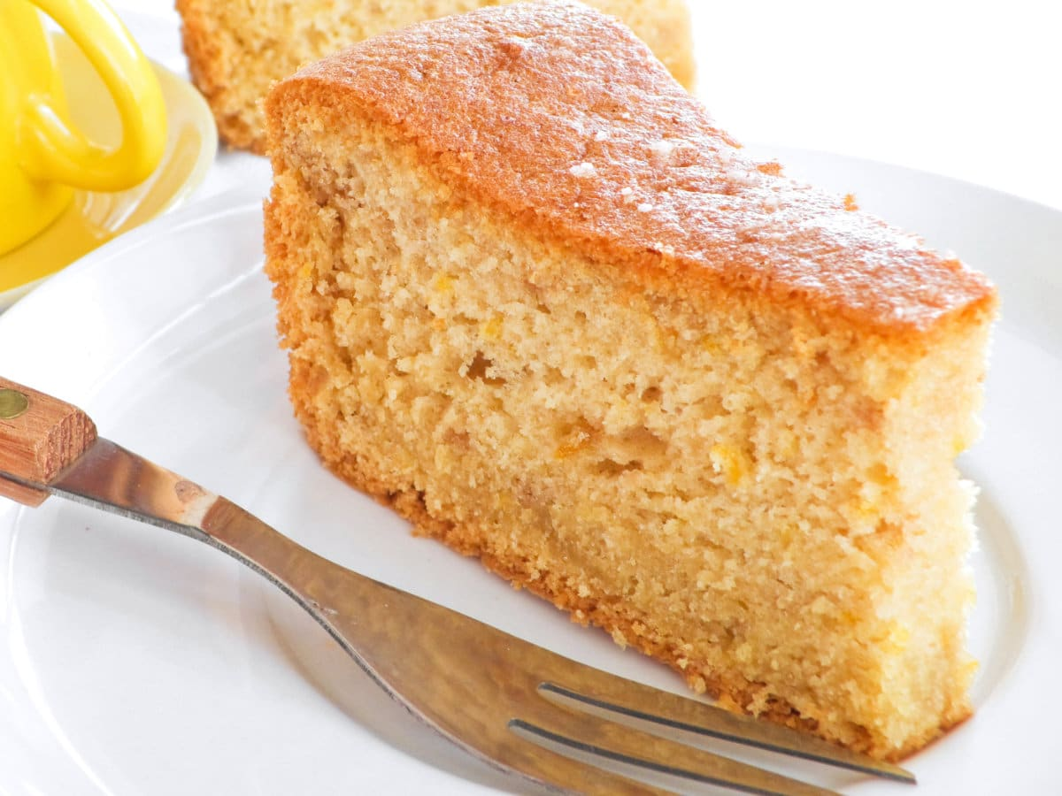 French Yogurt Cake: The Recipe for Children