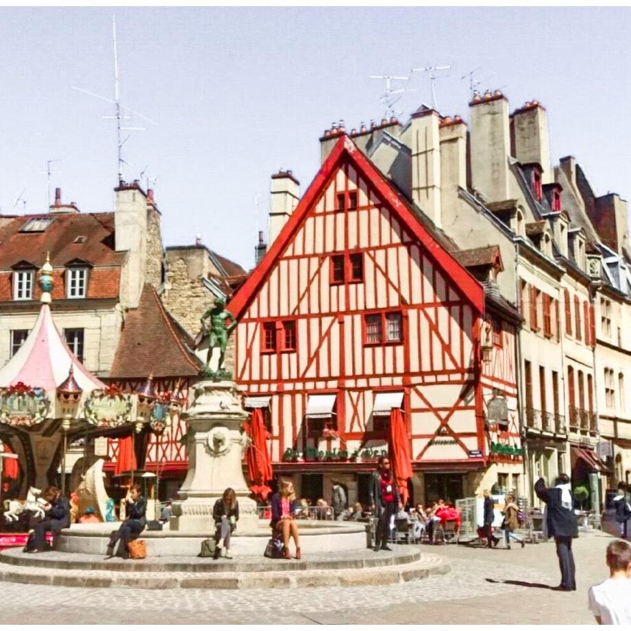 Place du Bareuzai in the center of Dijon