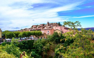 Visiting Roussillon in Provence (and the Ochre Trail!)