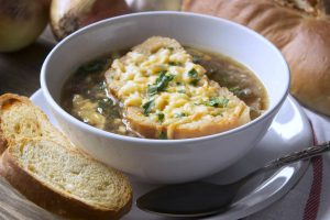 Easy and Authentic: the Royal French Onion Soup (Recipe)