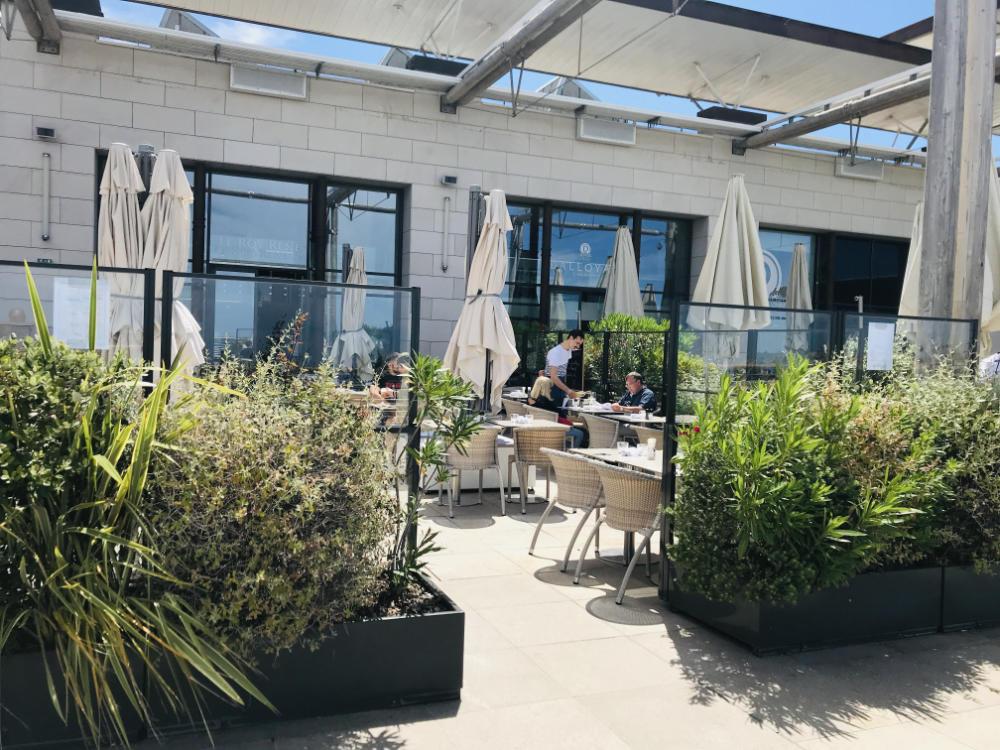 Restaurant in Terrasses du Port