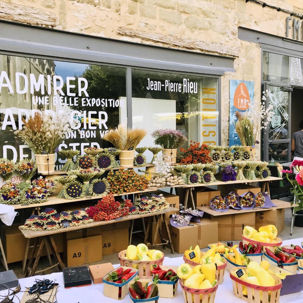 isle sur sorgue fruit market