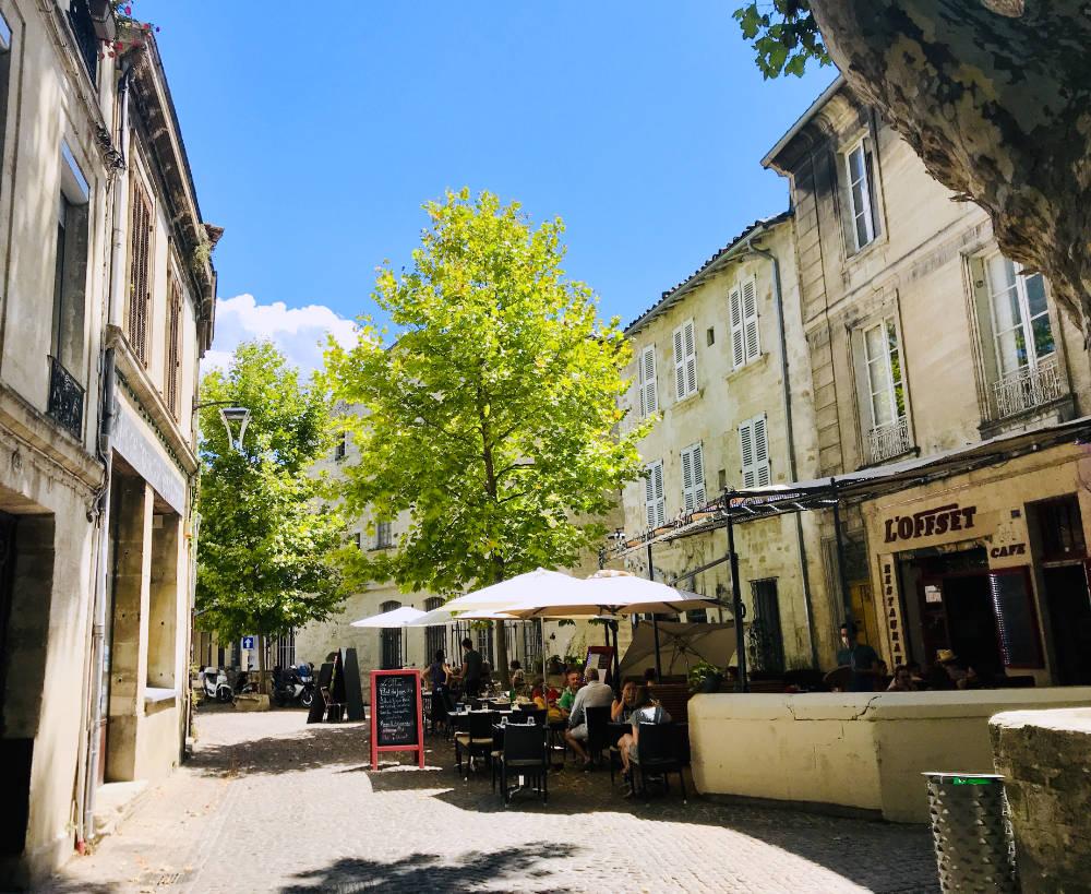 Cafés in Avignon city streets