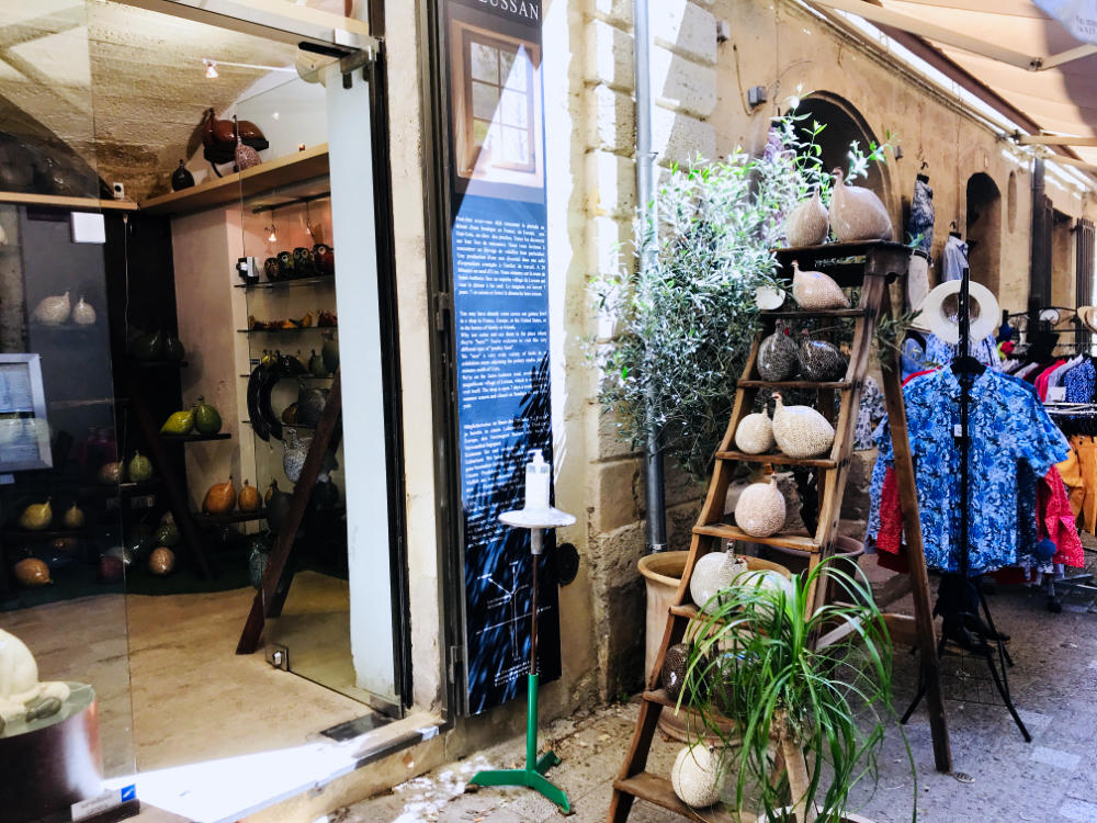 Artist shop in Uzès
