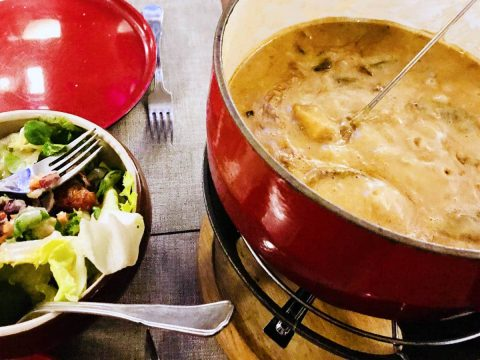 cheese fondue with mushrooms