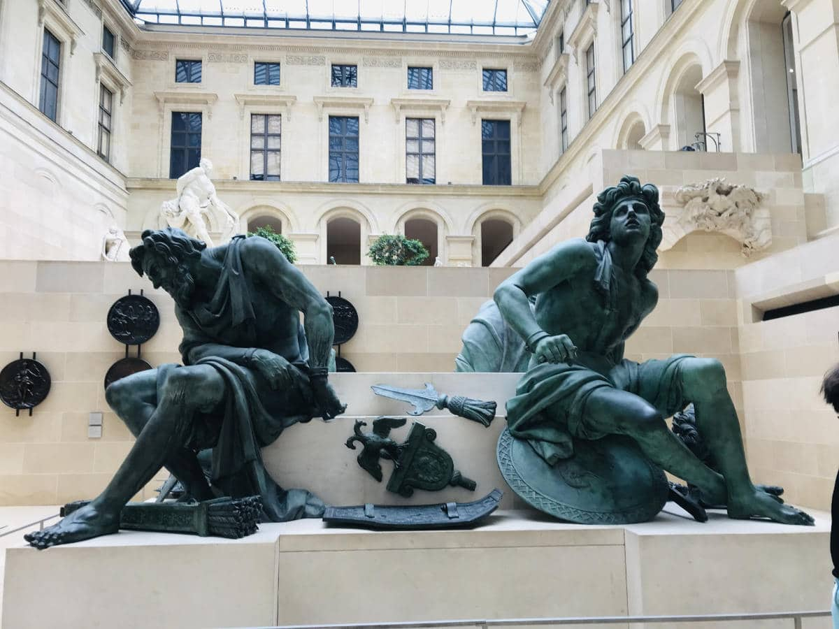 Visit the Louvre Museum: 16 things you should not miss