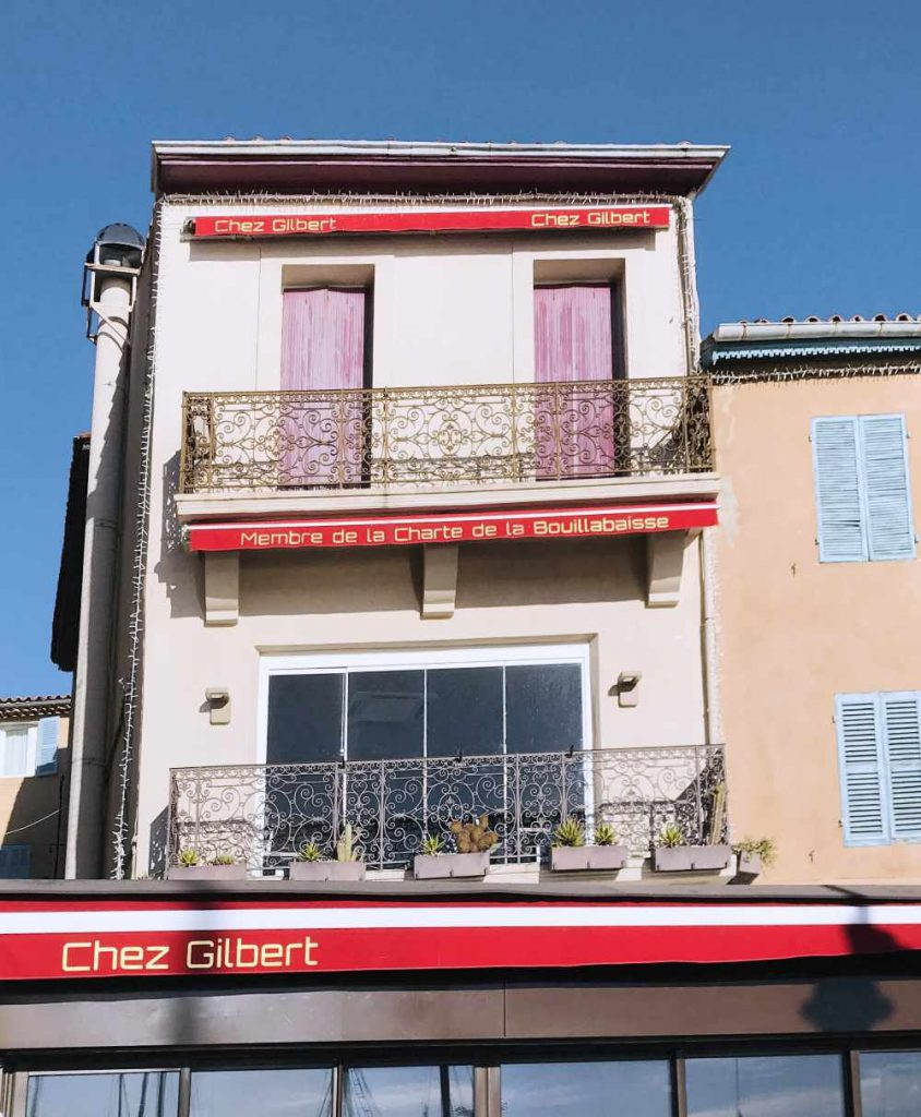 Restaurant showing that it is member of the Bouillabaisse Charter