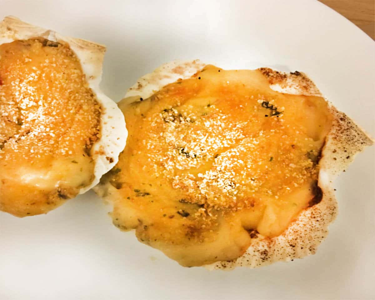 Creamy Coquilles St. Jacques en Gratin (French Starter Recipe)