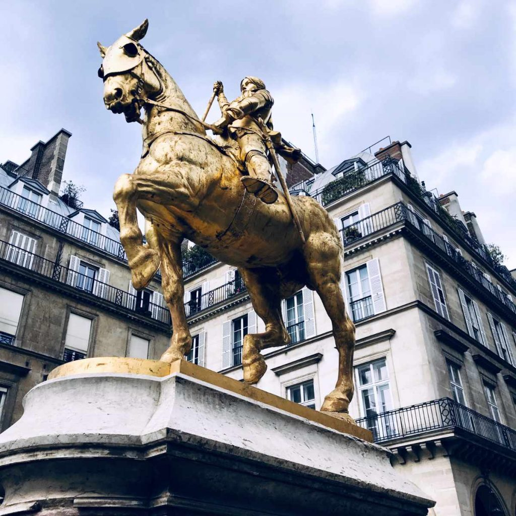 Jeanne d'Arc statue near Concorde in Paris