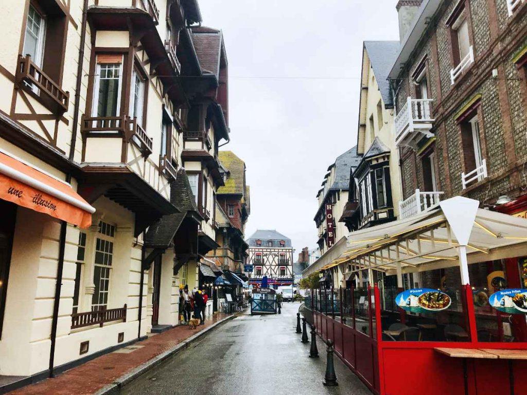 Etretat city center