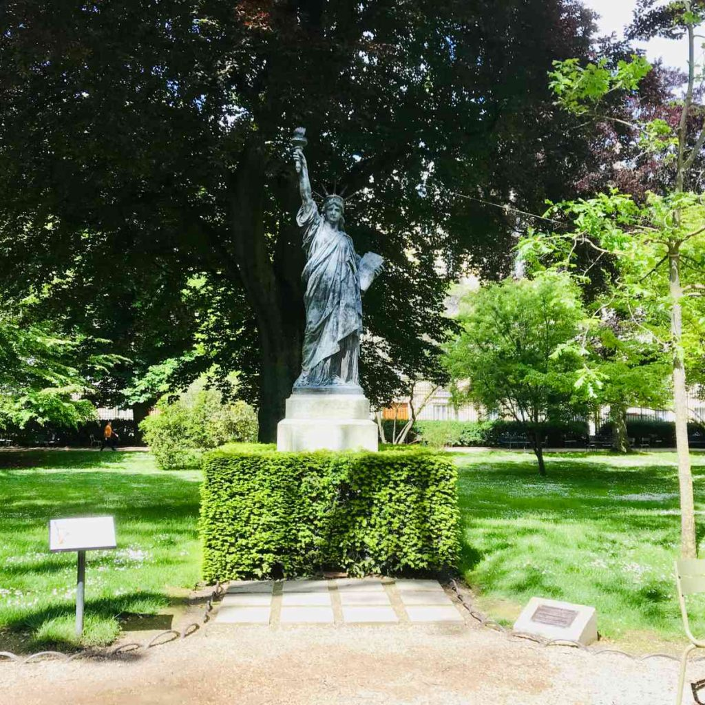 Statue of Liberty in Jardin du Luxembourg