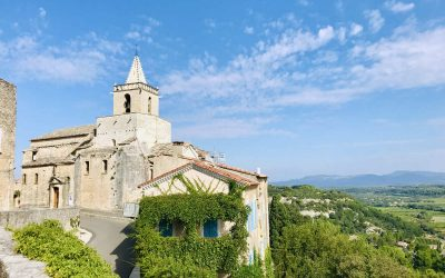 Visit Venasque: A Beautiful Medieval Village in Provence
