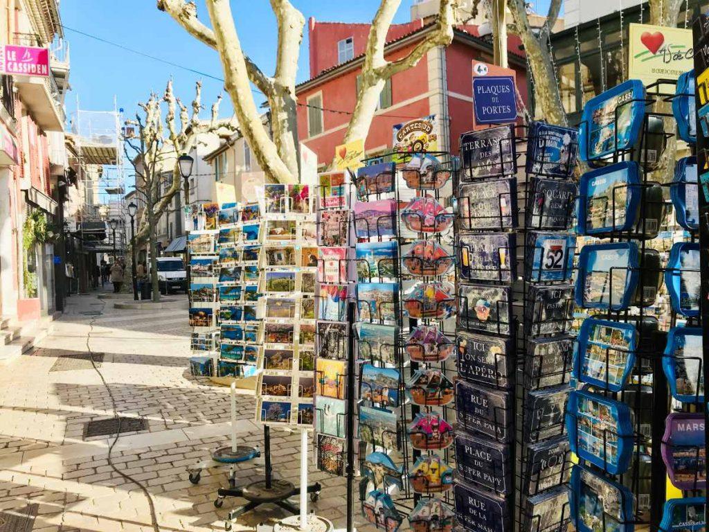 souvenir shop in cassis