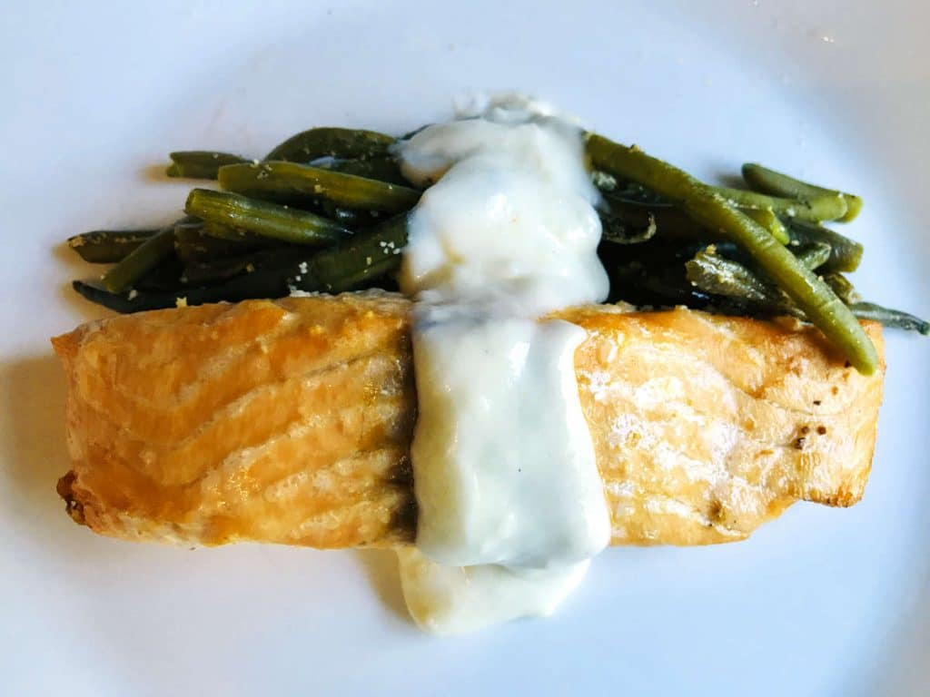 Baked salmon with beurre blanc sauce