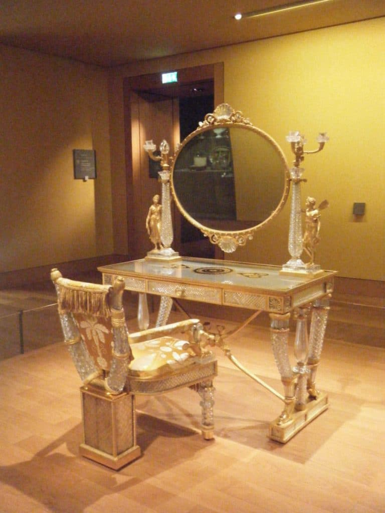 Make up table from the Château de Versailles at the Louvre Museum