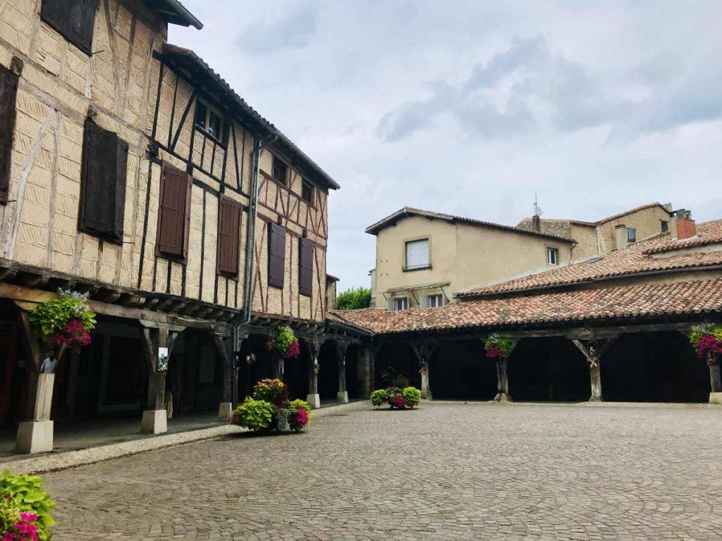 Visit the beautiful village of Lautrec in Occitanie 1