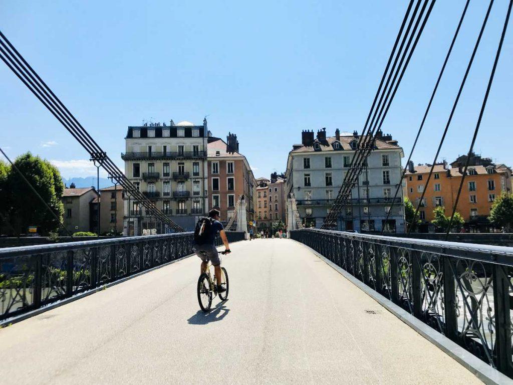 Passerelle Saint-Laurent footbridge