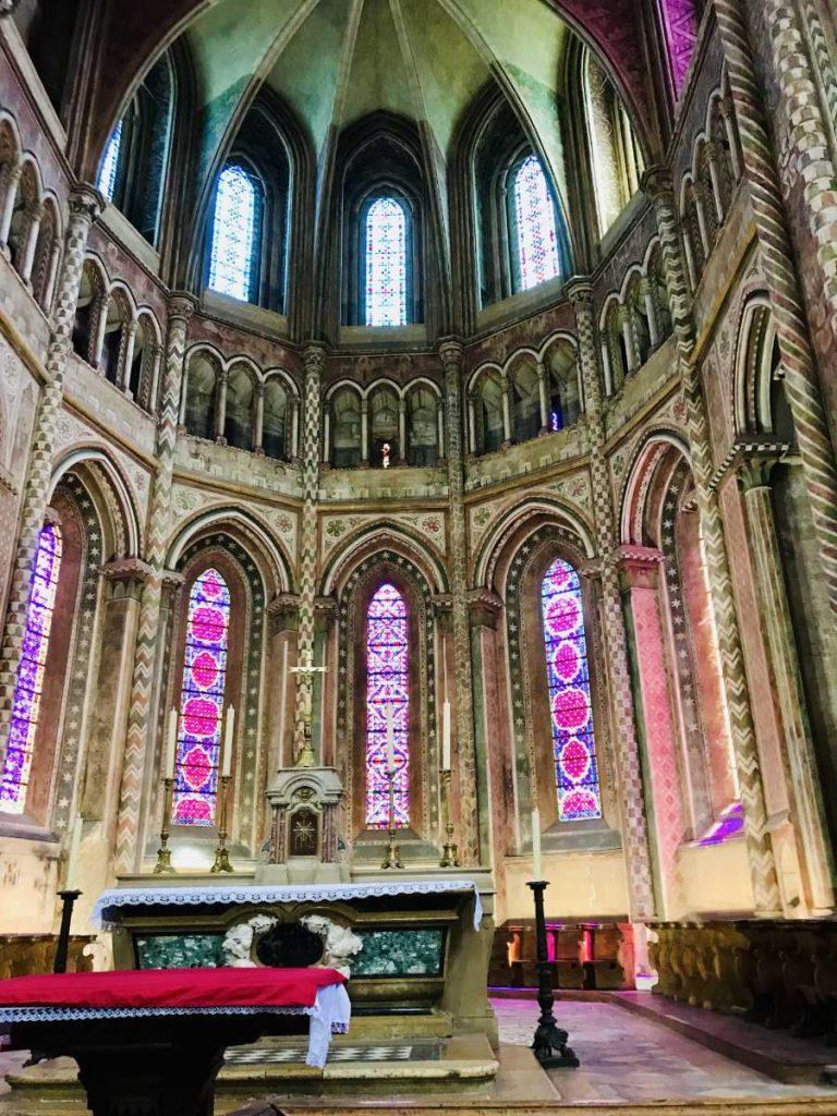 Collégiale Saint-BarnardBenedictine abbey