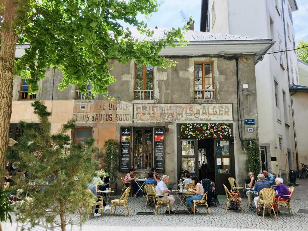Café in old town of Chambéry