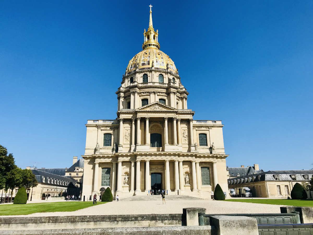 Read more about the article Les Invalides: Tomb of Napoleon and Musée de l'Armée