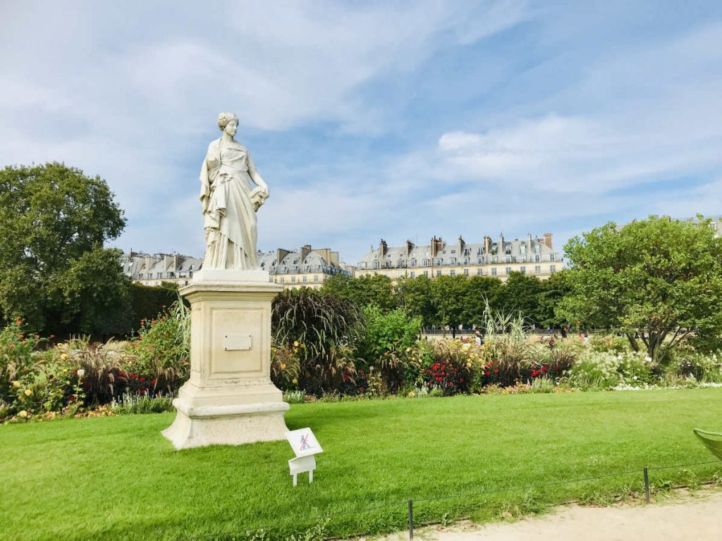 statue of La Comedie in Jardin des Tuileries