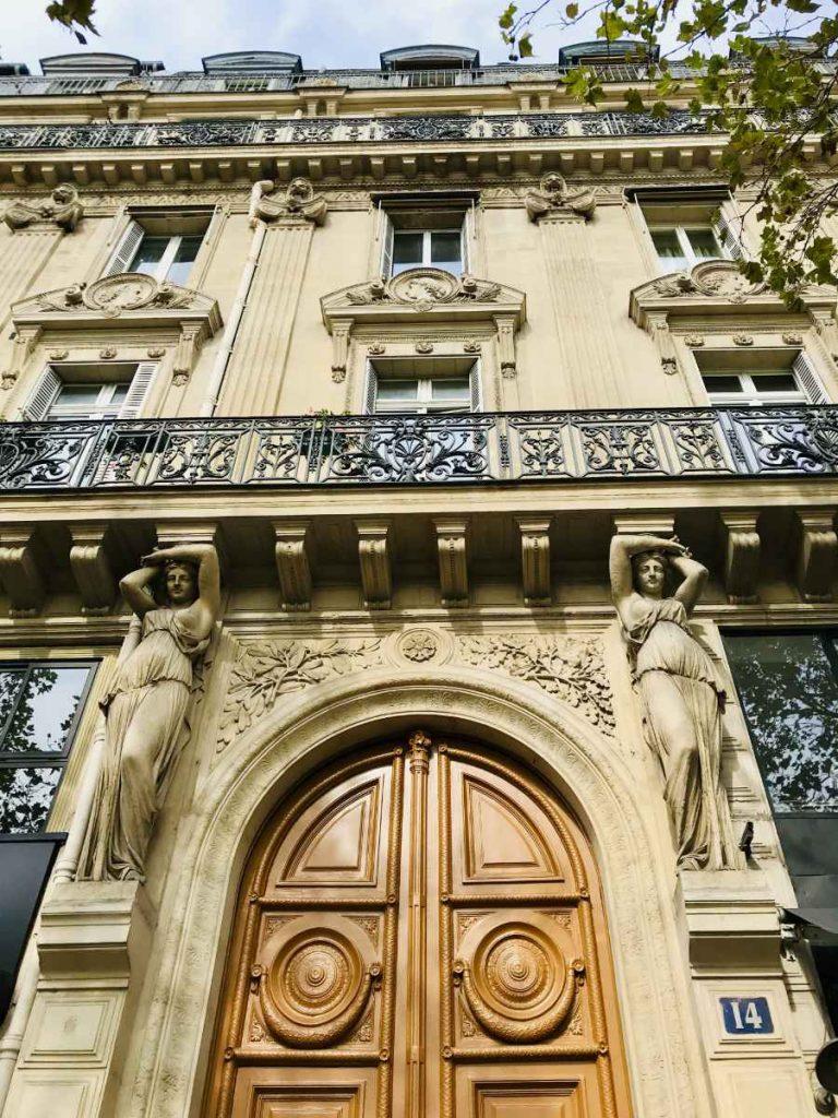 Parisian building